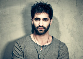 Akshay Oberoi learns Haryanvi for Gurgaon