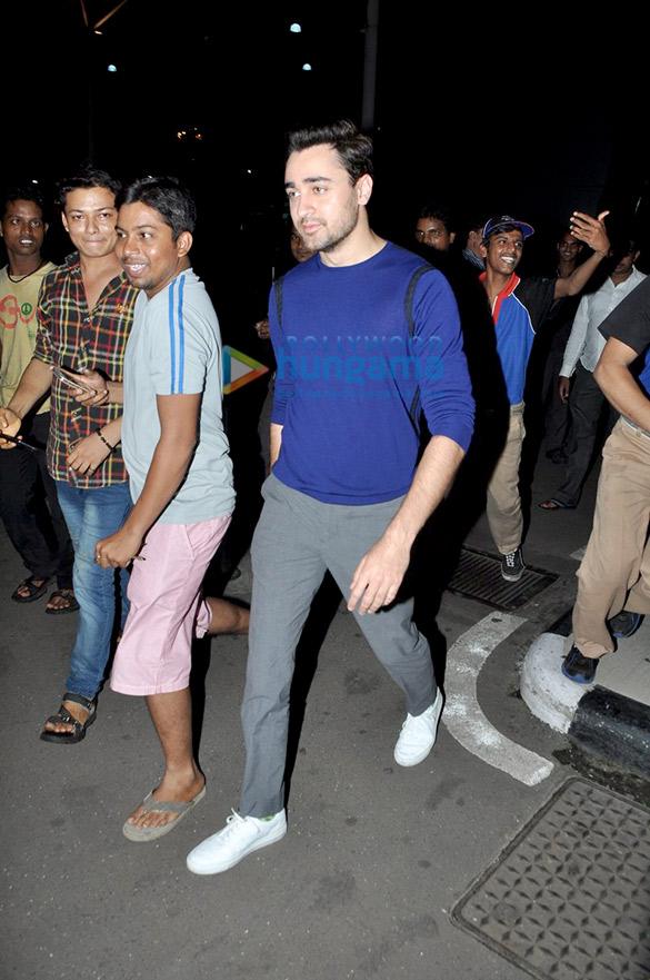 Imran Khan & Kangna Ranaut return from Delhi after 'Katti Batti' promotions
