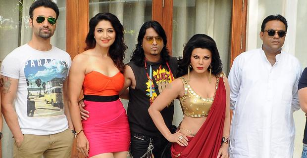 Rakhi Sawant On Location Shoot of Film Ek Kahani Julie Ki