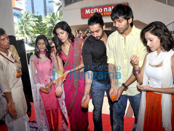 Nushrat Bharucha, Sonalli Sehgall, Sunny Singh Nijjar,Kartik Aaryan,Ishita Sharma