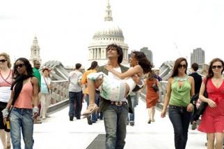 Movie Still From The Film I See You,Arjun Rampal,Vipasha Agarwal