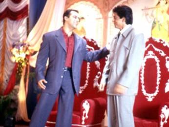 Movie Still From The Film Hum Tumhare Hain Sanam Featuring Salman Khan,Shahrukh Khan