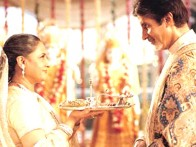 Movie Still From The Film Kabhi Khushi Kabhie Gham,Jaya Bachchan,Amitabh Bachchan