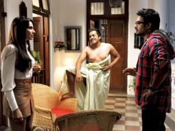 Movie Still From The Film Jodi Breakers,Bipasha Basu,Omi Vaidya,R Madhavan