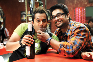 Movie Still From The Film Jodi Breakers,Omi Vaidya,R Madhavan