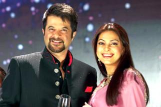 Movie Still From The Film Salaam-E-Ishq,Anil Kapoor,Juhi Chawla