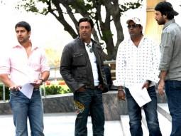 On The Sets Of The Film Kambakkht Ishq Featuring Aftab Shivdasani,Vindu Dara Singh