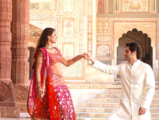 Movie Still From The Film Bhool Bhulaiyaa,Ameesha Patel,Shiney Ahuja