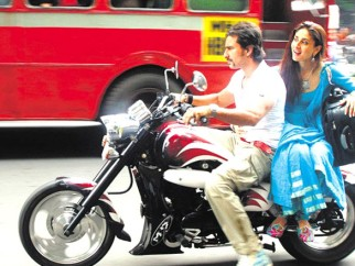 Movie Still From The Film Tashan,Saif Ali Khan,Kareena Kapoor