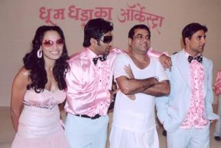 On The Sets Still From The Film Phir Hera Pheri Featuring Bipasha Basu,Sunil Shetty,Paresh Rawal