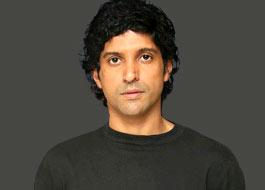 Farhan shoots public service campaign with SRK