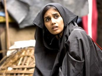 Movie Still From The Film Mumbai Cutting,Sonali Kulkarni