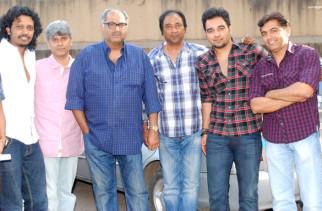 Photo Of Nakash Sargam,Premnath,Boney Kapoor,Nikhil Saini,Guru Thakur From The Anu Malik sang Marathi song for 'No Entry Pudhe Dhoka Aaahey'