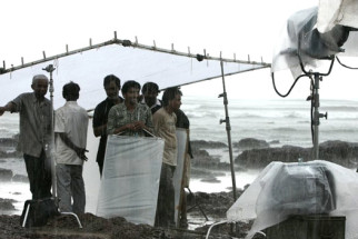 On The Sets Of The Film Love, Wrinkle-free
