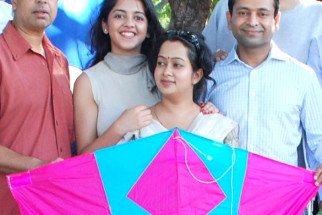 Photo Of Anant Mahadevan,Anya Anand,Gitanjali Sinha,Hemendra Aran,Vivek Vaswani From Starcast of 'Yeh Khula Aasmaan' flew kites