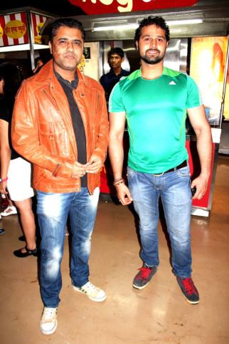 Vivek Sharma, Mudasir Ali