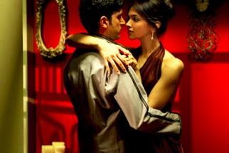 Movie Still From The Film Karthik Calling Karthik,Farhan Akhtar,Deepika Padukone