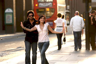 Movie Still From The Film Hum Tum Aur Ghost,Arshad Warsi, Dia Mirza
