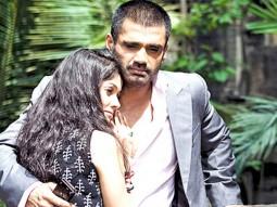 Movie Still From The Film Tum Milo Toh Sahi,Sunil Shetty, Vidya Malvade