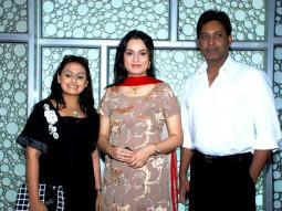 Photo Of Tina Parekh,Padmini Kolhapure From The Padmini Kolhapure returns with film Saath Rahega Always