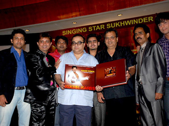 Photo Of Onkar,Sukhwinder Singh,Salim Bijnori,Rajkumar Santoshi,Subhash Ghai,Jagbir Dahiya,Vikrum Kumar From The Audio release of Kuchh Karriye