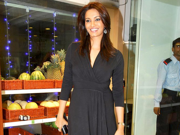 Diana Hayden and others grace Nature's Basket store launch
