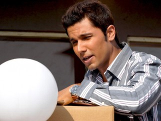 Movie Still From The Film Love Khichdi Featuring Randeep Hooda