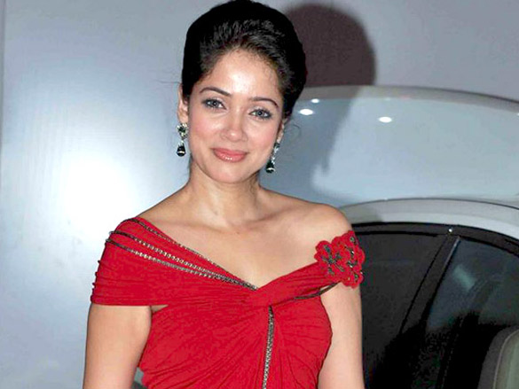 Vidya Malvade and Kailash Kher at the launch of BMW new models