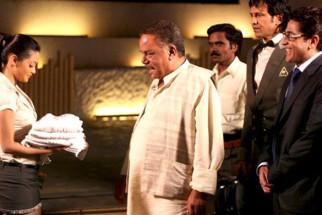 Movie Still From The Film Benny and Babloo,Riya Sen,Aasif Sheikh,Kay Kay Menon