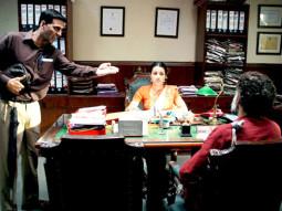 Movie Still From The Film Khatta Meetha,Akshay Kumar,Trisha Krishnan