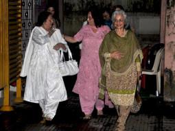 Photo Of Nanda,Sadhana,Waheeda Rehman From The Helen, Waheeda, Nanda and Sadhna watch 'We Are Family'