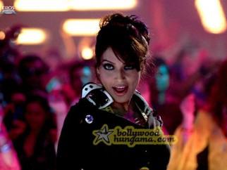 Movie Still From The Film Aa Dekhe Zara Featuring Bipasha Basu