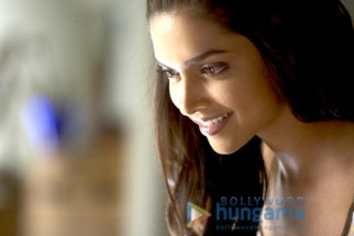 Movie Still From The Film Love Aaj Kal Featuring Deepika Padukone
