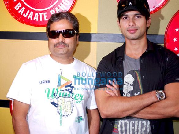 Shahid Kapoor And Vishal Promote Kaminey On Red FM