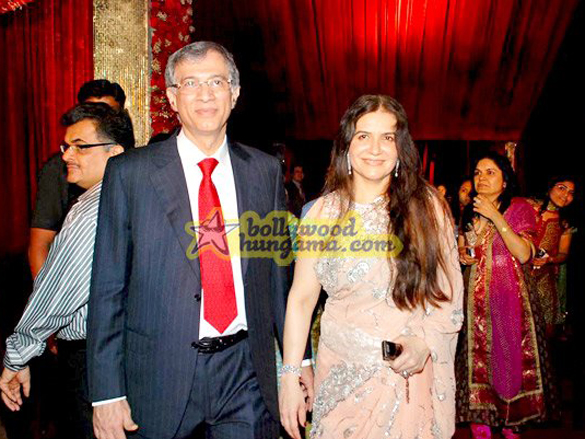 Photo Of Himani Rawat From The Wedding Reception Of Film Financer Bharat Shah's Son