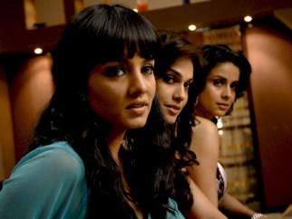 Movie Still From The Film Hello Darling,Celina Jaitly,Eesha Koppikhar,Gul Panag
