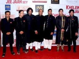 Photo Of Vijay Maurya,Sikander Kher,Ashutosh Gowariker,Abhishek Bachchan,Samrat Mukerji From The Premiere of 'Khelein Hum Jee Jaan Sey'