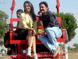 Movie Still From The Film Chalo Dilli,Lara Dutta,Vinay Pathak