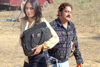 Movie Still From The Film Chalo Dilli,Lara Dutta,Vinay Pathak