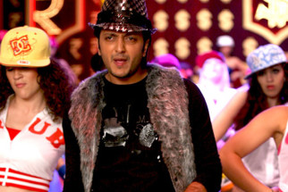 Movie Still From The Film Double Dhamaal,Riteish Deshmukh