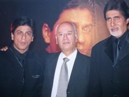 Photo Of Shahrukh Khan,Yash Johar,Amitabh Bachchan  From The Book Release Of Kabhi Khushi Kabhie Gham