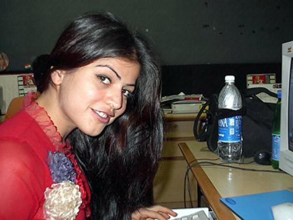 Ishq Vishk Shenaz Chat On IndiaFM