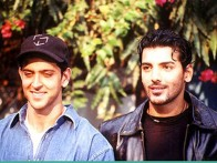 Photo Of Hrithik Roshan,John Abraham From The Mahurat Of Aitbaar