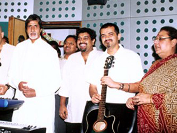 Photo Of Shankar,Ehsaan,Loy,Amitabh Bachchan,Honey Irani From The Mahurat Of Honey Irani's Untitled Venture