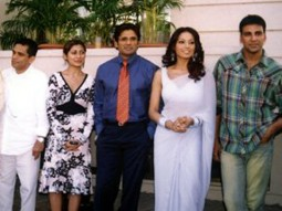 Photo Of Suniel Shetty,Bipasha Basu,Paresh Rawal,Akshay Kumar From The Mahurat Of Phir Hera Pheri