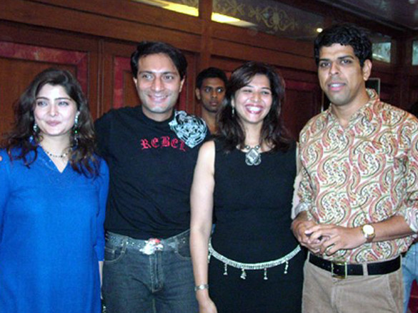 Photo Of Vasundhara Das,Amit Behl,Vaibhavi Behl,Murli Sharma From The Eik Dasttak Movie Completion Party