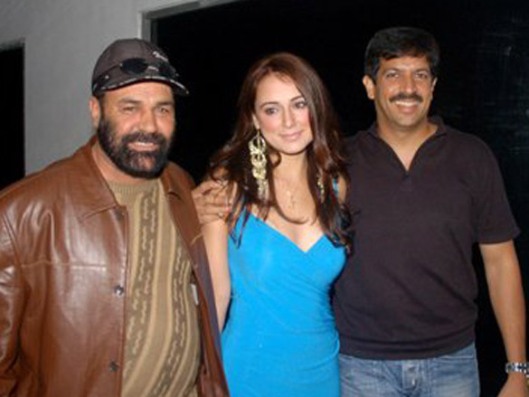 Photo Of Hanif Humghum,Linda Arsenio,Kabir Khan From The Zee Music Launches John Abraham Unplugged Calendar 2007
