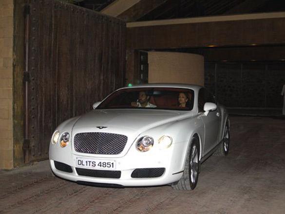 Photo Of Wes Bentley,Abhishek Bachchan,Aishwarya Rai From The Amitabh Gifts Abhishek A Bentley