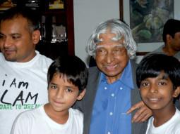 Photo Of Nila Madhab Panda,Husaan Saad,Dr A P J Abdul Kalam,Harsh Mayar From The I Am Kalam's Harsh Mayar meets Abdul Kalam