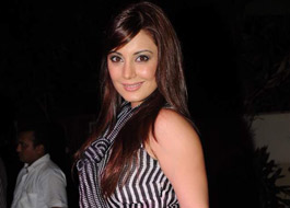 Minissha Lamba receives threat calls